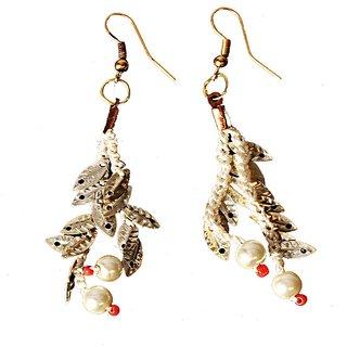 Silver leaves & pearl drop Earrings