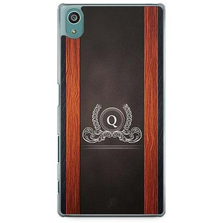 YuBingo Monogram With Beautifully Written Wooden And Leather (Plastic) Finish Letter Q Designer Mobile Case Back Cover For Sony Xperia Z5