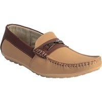 Skylark Men Beige Loafers