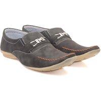 Skylark Men Black Loafers - 102711100