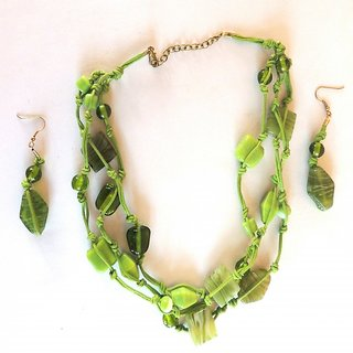Green Color Stone Necklace