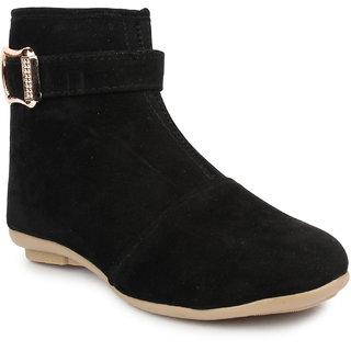 Do Bhai Women's Black Boots