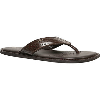 51977d77bd07 Buy Bata Classic Thong Men s Brown Slippers Online   ₹1499 from ...