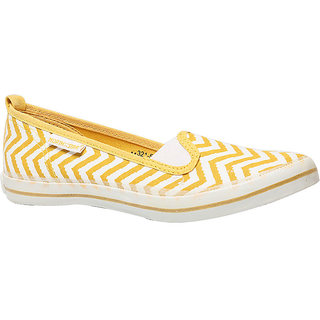 North Star Women S Yellow Bellies