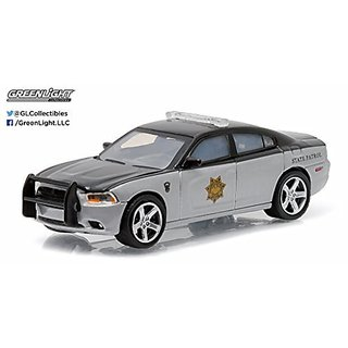Greenlight 1:64 Hot Pursuit Series 17 2012 Dodge Charger Pursuit Colorado State
