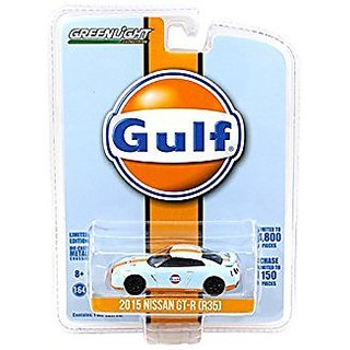 2015 Nissan GT-R R35 Gulf Racing Limited to 4800pc 1 64 by Greenlight 51062