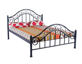 Metal Queen Bed   B 17