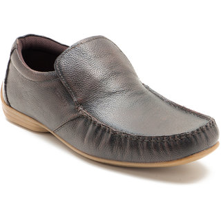 buy red tape men's brown casual loafers online  ₹3495
