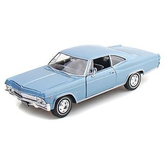 1965 Chevy Impala SS 396 1 24 - Baby Blue