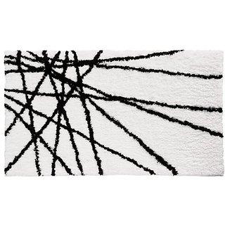 InterDesign Microfiber Abstract Bathroom Shower Accent Rug, 34 x 21, Black/White