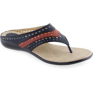 Aashka Women's Black Slip on Flats