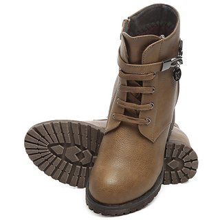 TEN tan Crazy Boots
