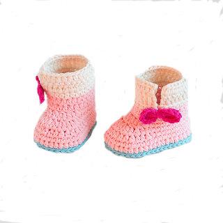 Baby Booties Handmade Crochet Baby Shoes     pink  cream