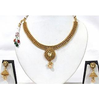 Golden Tilak Pendant Necklace Set