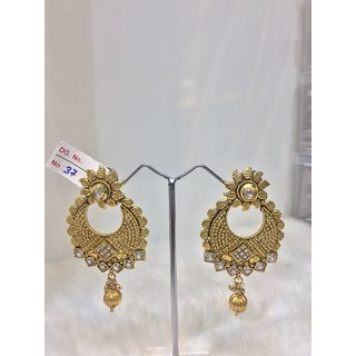 JEWELISHQ OUTSTANDING DESIGN GOLDEN DANGLE AND DROP EARING SET.