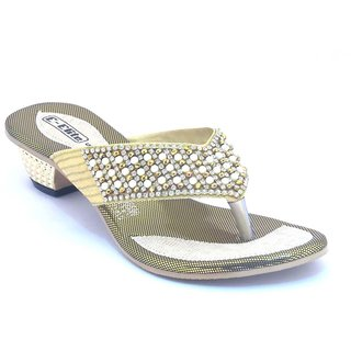 5f4c52f9f5d Buy Globalindia Ladies fancy chappal Online   ₹550 from ShopClues