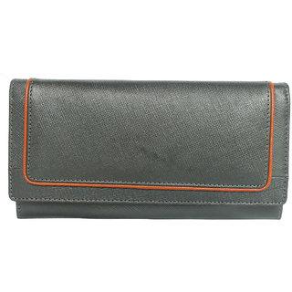 Tamanna Women Black Genuine Leather Wallet  (10 Card Slots)