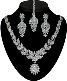 Soha Fashion by JewelMaze Zinc Alloy Silver Plated White Austrian Stone Necklace Set With Maang Tikka-FAF0197