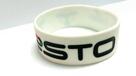 TEISTO Highly detailed Silicone debossed Wristband 18mm