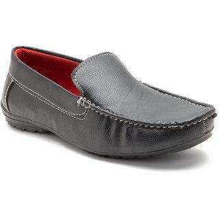 Randier Men Black Loafers
