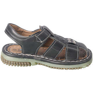 8e3a3423e1deb Buy ACTION SHOES DOTCOM KIDS SANDALS 99215-BLACK Online   ₹379 from ...
