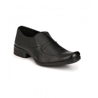Groofer Men's Black Slip on Formal Shoes