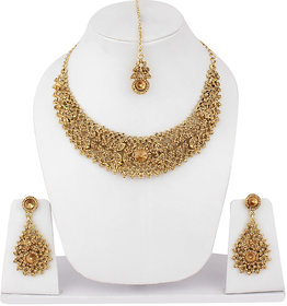 Jewels Guru Exclusive Golden Necklace Set.M-600