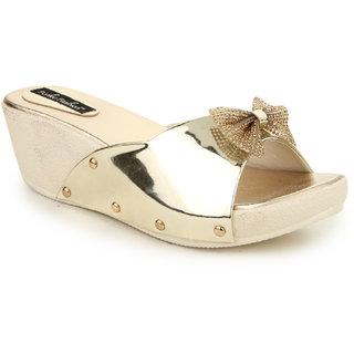 Funku Fashion Women's Gold Flats