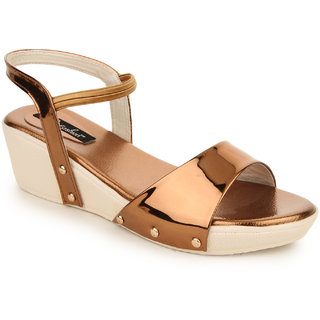 Funku Fashion Women's Brown Sandals