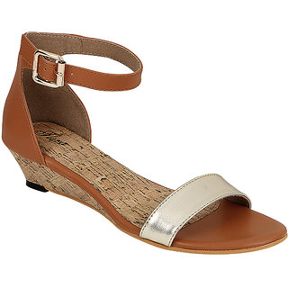 Flora Women Tan Buckle Sandals