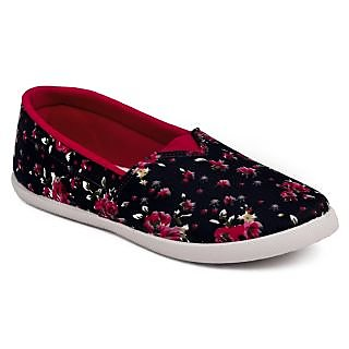 a8b9cc12c13 Buy Asian Women s Multicolor Sneakers Online - Get 3% Off