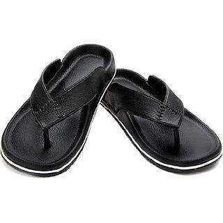 Aircum Men Black Slippers