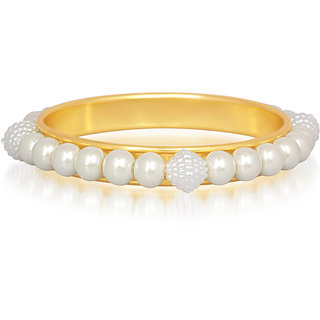 Kriaa by JewelMaze Zinc Alloy Gold Plated Pearl Kada-AAA0516