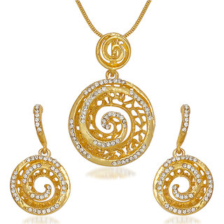 Kriaa by JewelMaze Zinc Alloy Gold Plated Austrian Stone Pendant Set-AAA0584