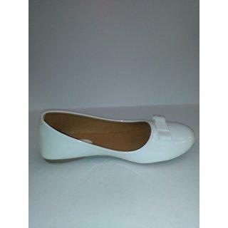 Women's Fashion White  Ballerinas