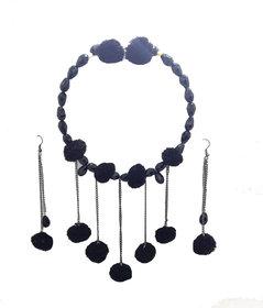gennext pom pom  necklace set