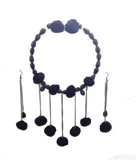 gennext pom pom  necklace set