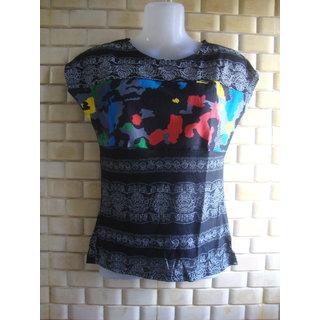 Black printed tshirt
