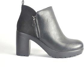 Steps Black Chain Long Boot For Women