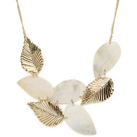 Gold and White Necklace with Shell, Zinc Alloy - TPNW13-244