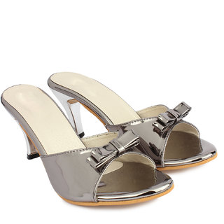 Do Bhai Women's Gray Heels