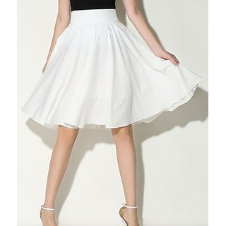 Rimsha white crepe flaired skirt