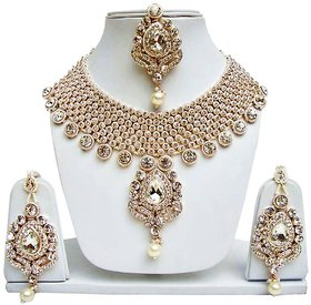 Jewels Guru Exclusive White Necklace Set/ S 3028
