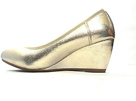 Steps Women's Gold Wedges