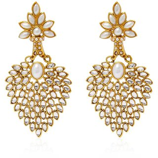 Angel In You Exclusive Golden White Earring Set / S 3382