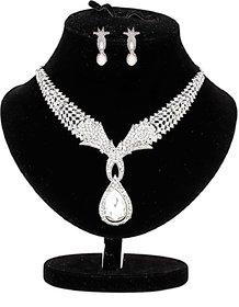 designer rhinestones studded necklace