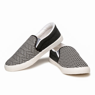 axium casual shoes