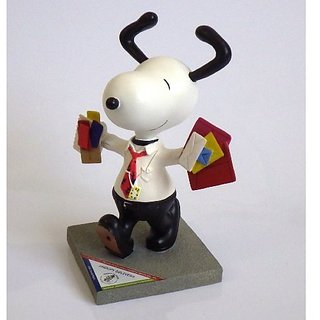 Snoopy Delivers Statue From Westland Giftware