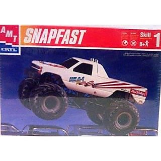 AMT Ertl 8269 USA-1 Racing - Snap Fast - Plastic Model Kit - 1:32 Scale - Skill Level 1