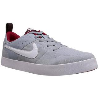 Nike MenS Liteforce III Grey Sneakers